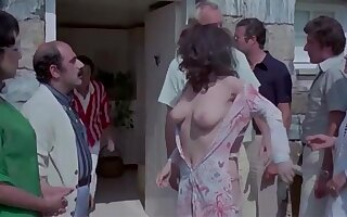 Edwige Fenech and Lia Tanzi in nature's garb from The Virgo, The Taurus