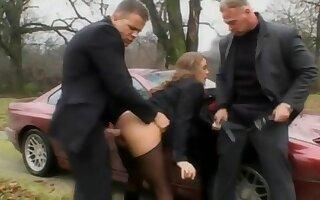 Oksana d harcourt russian institute