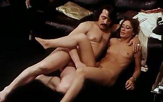 Lean horny MILFs alongside Innocence Pervertie (1981)