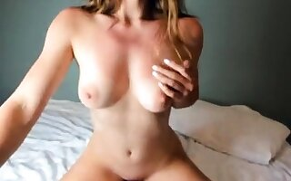 Amateur Blonde With BIG Heart of hearts Hot Free Cam Show